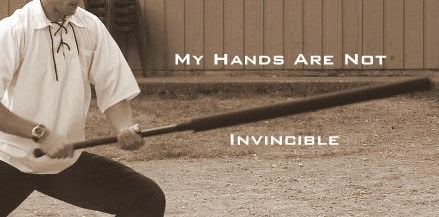 hands-b